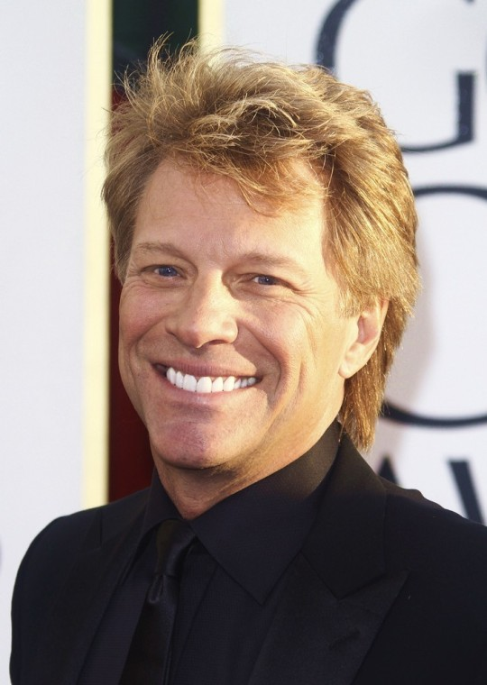 jon-bon-jovi-70th-annual-golden-globe-awards-01