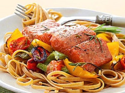salmon-with-whole-wheat-pasta-R105149-ss