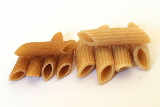 Whole_wheat_penne,_