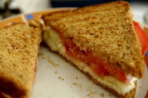 06_tomato_cucumber_cheese_mayo_sandwich