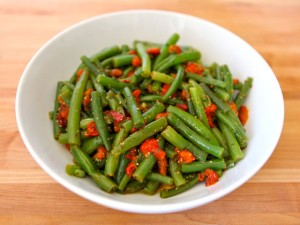 Green-Bean-Pepper-Salad--640x480