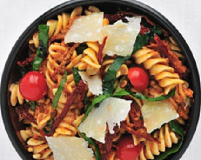 6. Fusilli with Spinach and Sun-Dried Tomato Pesto