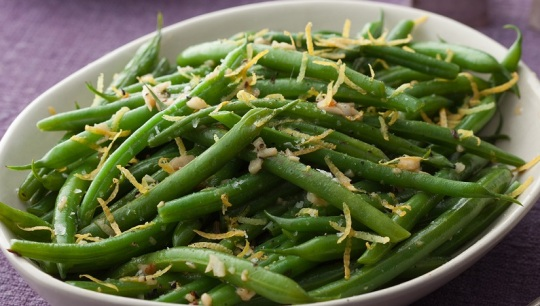 Green Beans with Lemon and Garlic; The Neelys
