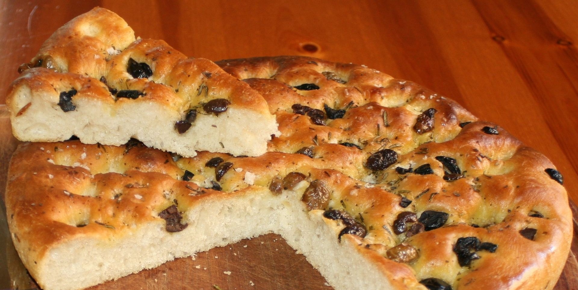 The Difference Between Pizza And Focaccia Jovina Cooks