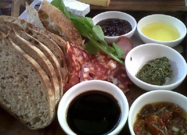 bread-platter