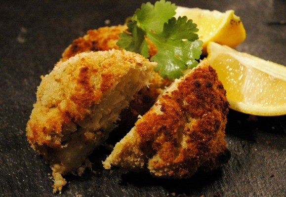 Leftovers put to good use jovina cooks for Old fashioned cod fish cakes