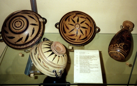 Photo Collection of ceramics produced in Taranto ca. 580 BC. Taranto Archaeological National Museum