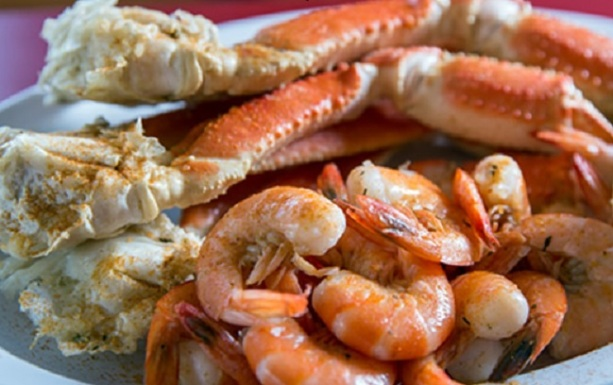shell-house-seafood_1lb-snow-crab-shrimp