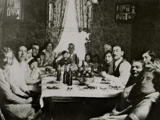sunday-dinner-at-grandma-rafellos